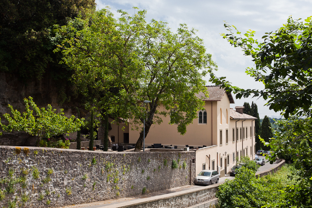 Stay in a classic Italian Villa on Rose's Yoga Holiday
