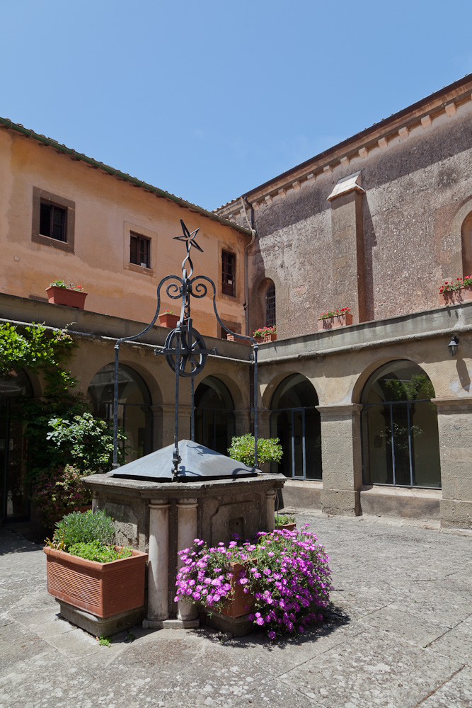 Bask in the sun of the inner courtyard, on Rose's Yoga Holidays