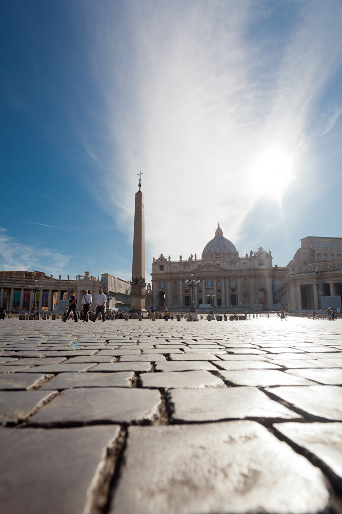Visit tourist attractions such as St Paul's Basillica on Rose's Yoga Holidays