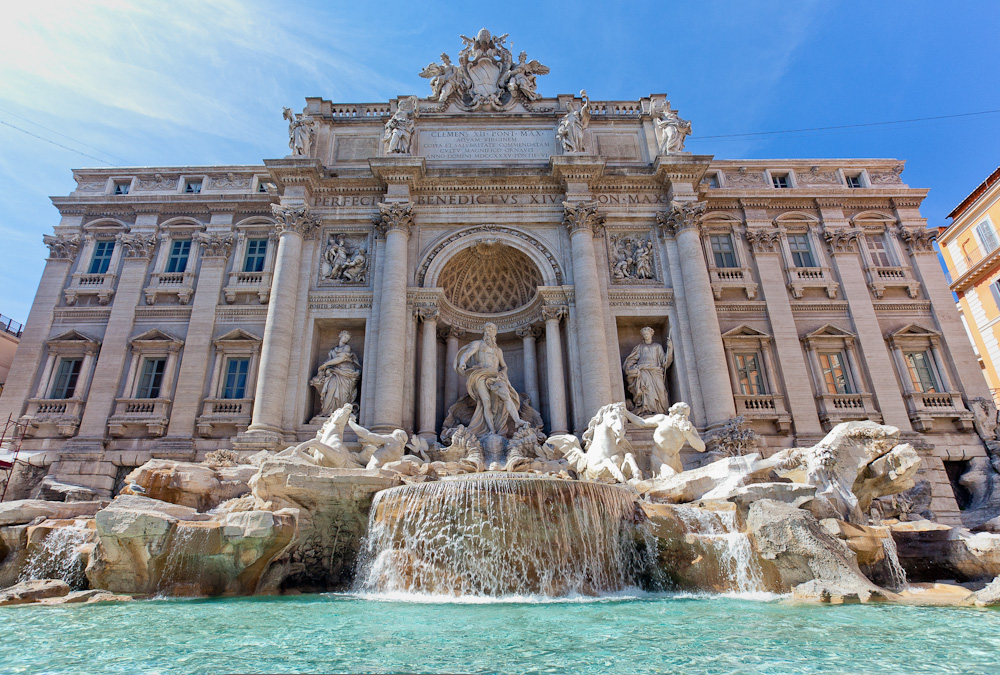 Visit tourist attractions such as Trevi Fountai on Rose's Yoga Holidays